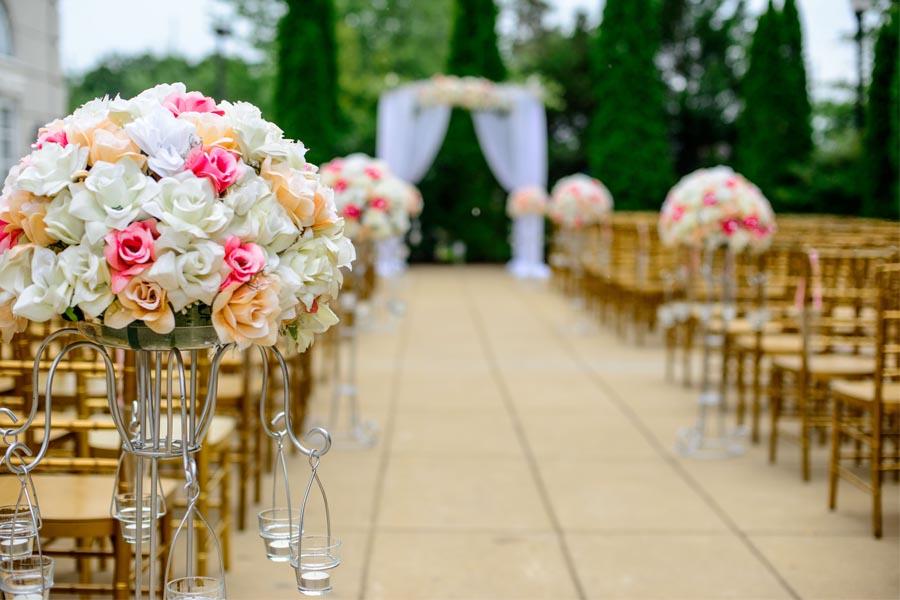 Cuáles son las ventajas de celebrar tu boda al aire libre