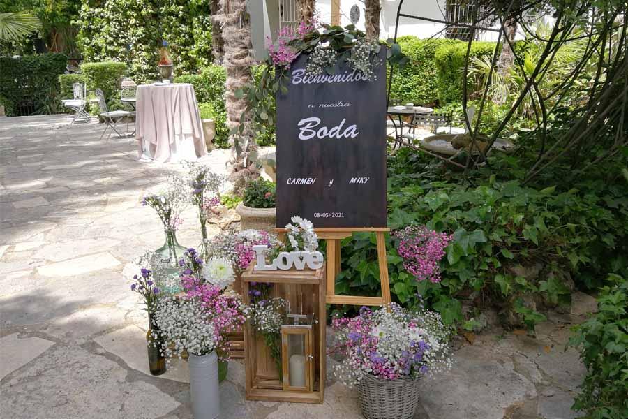 rincon de bienvenida para boda en sierra de Madrid